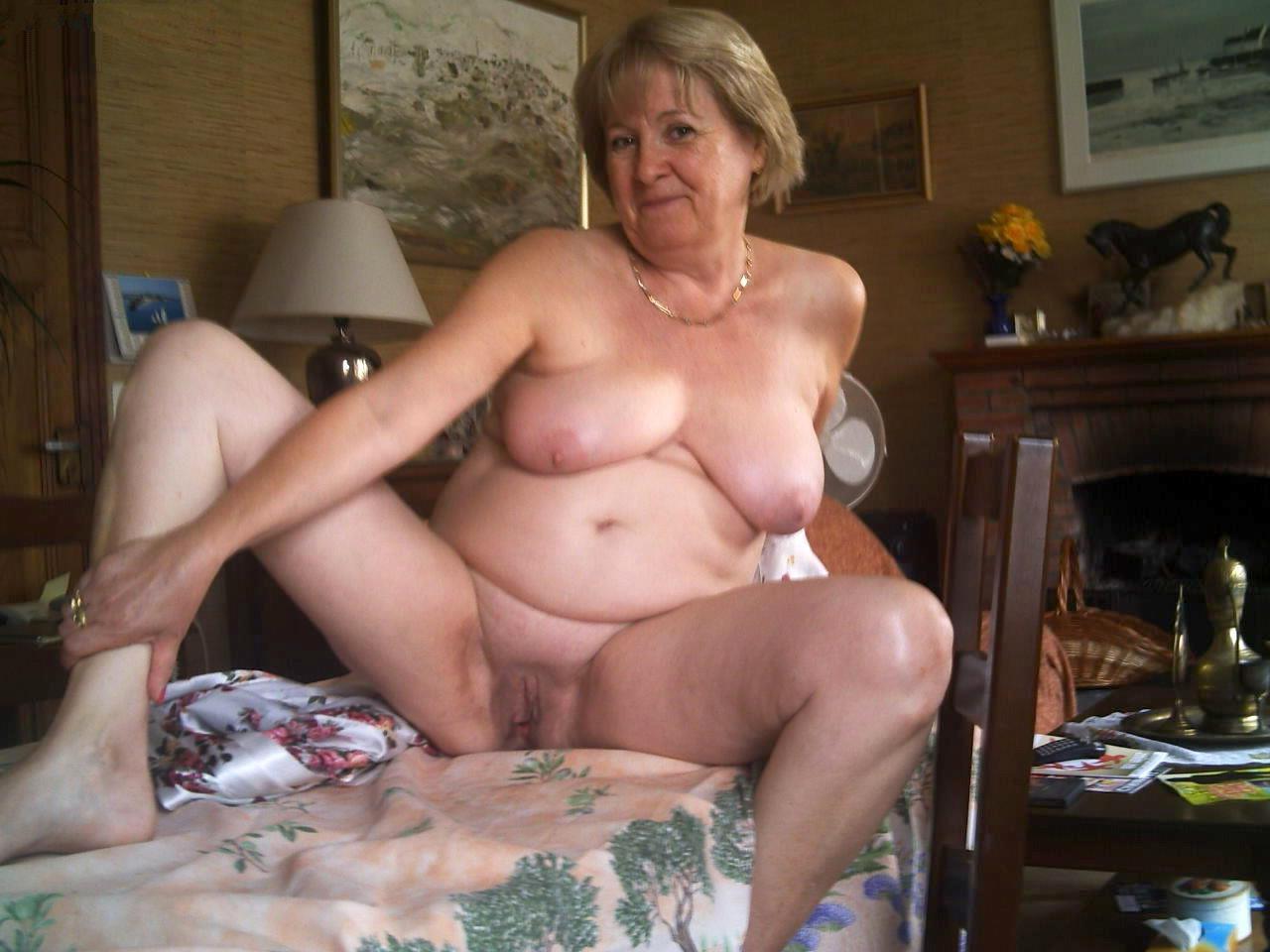 женщины за 50 с ольшими сиськами