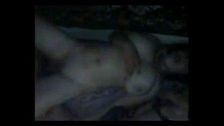 Два парня с Украины ебут пьяную грудастую подругу и снимают секс с ней на видео